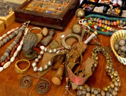 Perlen mit ethnologischem Hintergrund.